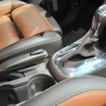 2013 Opel Mokka center console