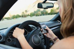 Социальные сети и смартфоны - враги для водителей