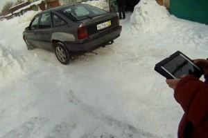 Умельцы собрали автомобиль, управляемый с помощью iPad