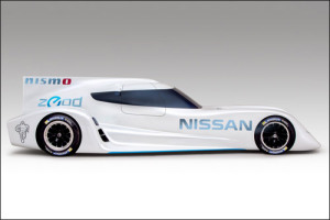 Гоночный автомобиль Nissan