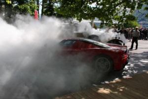 Как горели эксклюзивные автомобили
