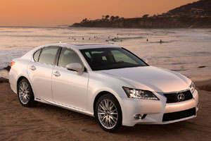 Автоконцерн Lexus готовит новинку