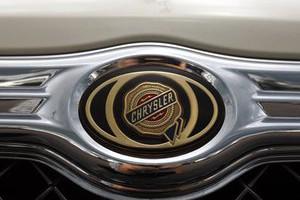 Chrysler отзывает свои внедорожники