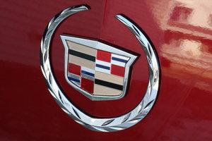 Эмблема Cadillac претерпит изменения