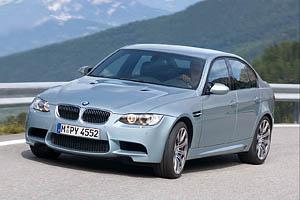 BMW представила заряженный M3 GT2 R