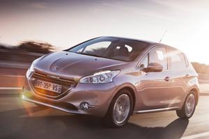 Гибридный Peugeot 208 рассекретили раньше срока