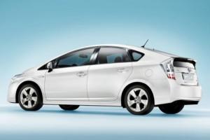 Toyota Prius получит новую зарядку