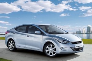 Hyundai показала обновленный седан Elantra