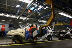 Украина сократила выпуск машин на 46%