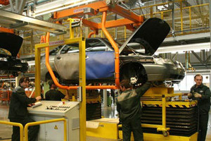 Сокращается производство автомобилей