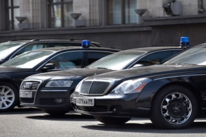 Чиновников ограничат в выборе машин
