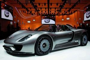 Porsche опубликовала ТТХ последнего 918 Spyder