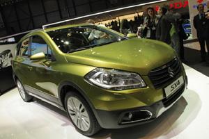 Компания Suzuki удешевила в России кроссовер SX4