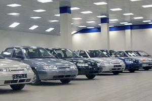 Продажи Lada упали на 12,8 процента