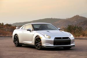 """Nissan """"перезарядил"""" суперкар GT-R"""