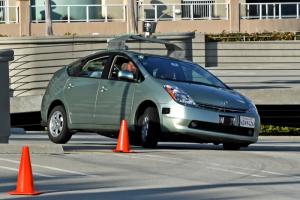 Volvo выпустит авто с высокой степенью автономности