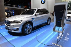 BMW X5 eDrive: скоро премьера!