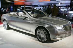 Автомобиль Mercedes-Benz S-Класс