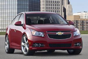 В Нью-Йорке покажут обновленный Chevrolet Cruze