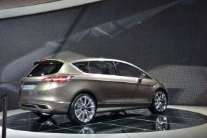 «Форд» представил роскошный S-Max