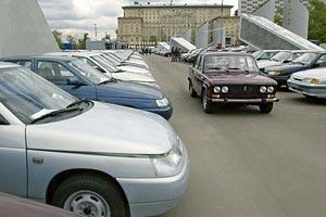 Рост продаж автомобилей в Петербурге остановился