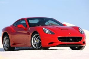 Суперкару Ferrari FF заменят кузов