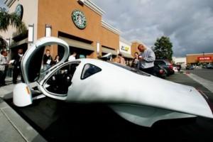 Электрокар Google ездит по дорогам без водителя