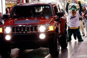Продажи машин в США достигли максимума за 8 лет