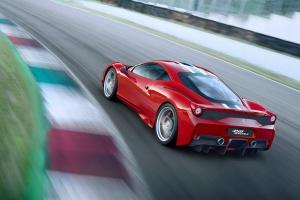 """Ferrari добавит FF """"лошадок"""" и высоких технологий"""