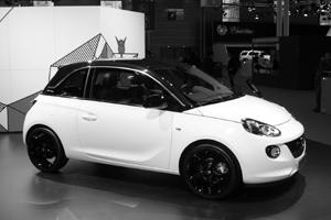 Opel назвал сроки появления хэтчбека Adam в России