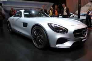 Появились фотографии спорткара AMG GT