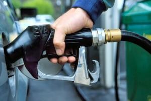 В Украине подешевел бензин А-95