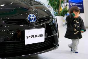 Toyota отзовет 625 тысяч гибридов Prius