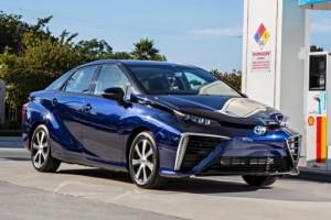 Водородная Toyota прибыла в Европу