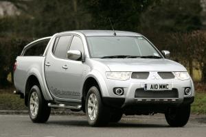 В РФ начались продажи Mitsubishi L200