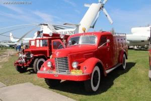 Фестиваль Old Car Land открылся в Киеве